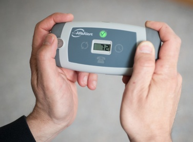 Hand-held device for afib monitoring
